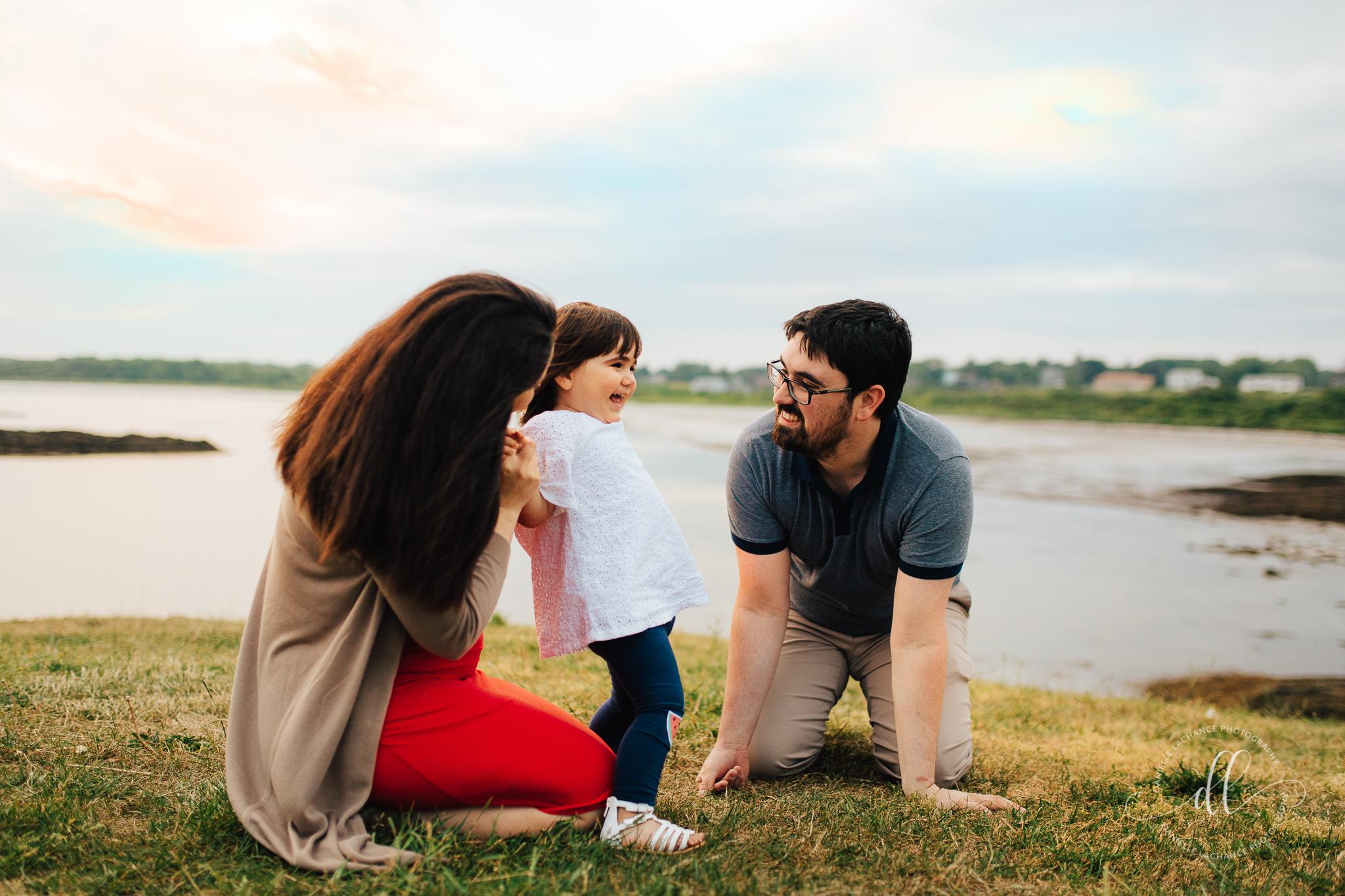 maine-family-session-lifestyle-photographer.jpg