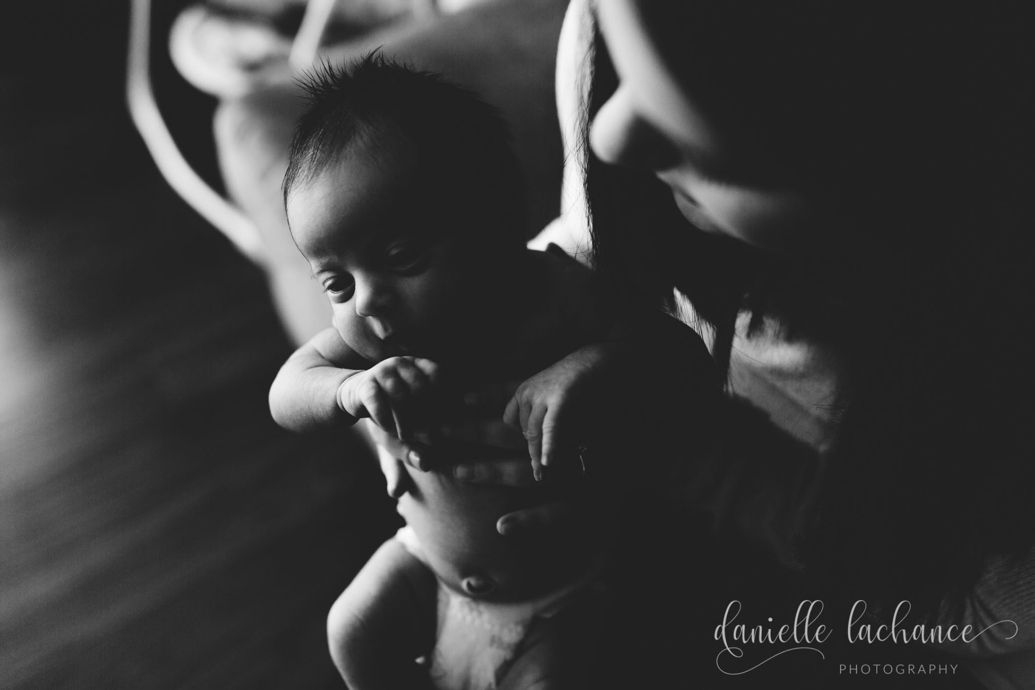 maine-newborn-photography-black-and-white.jpg