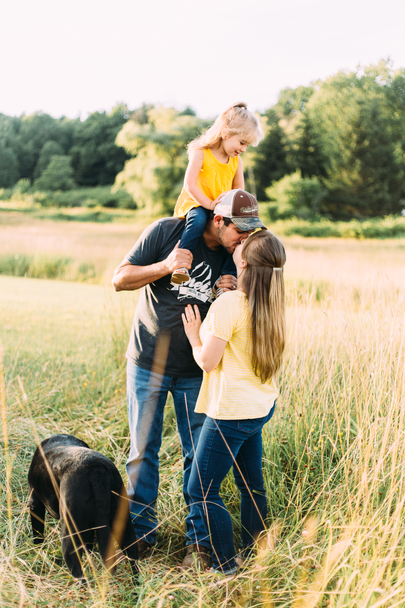 maine-fields-summer-summetime-family-photography-session.jpg
