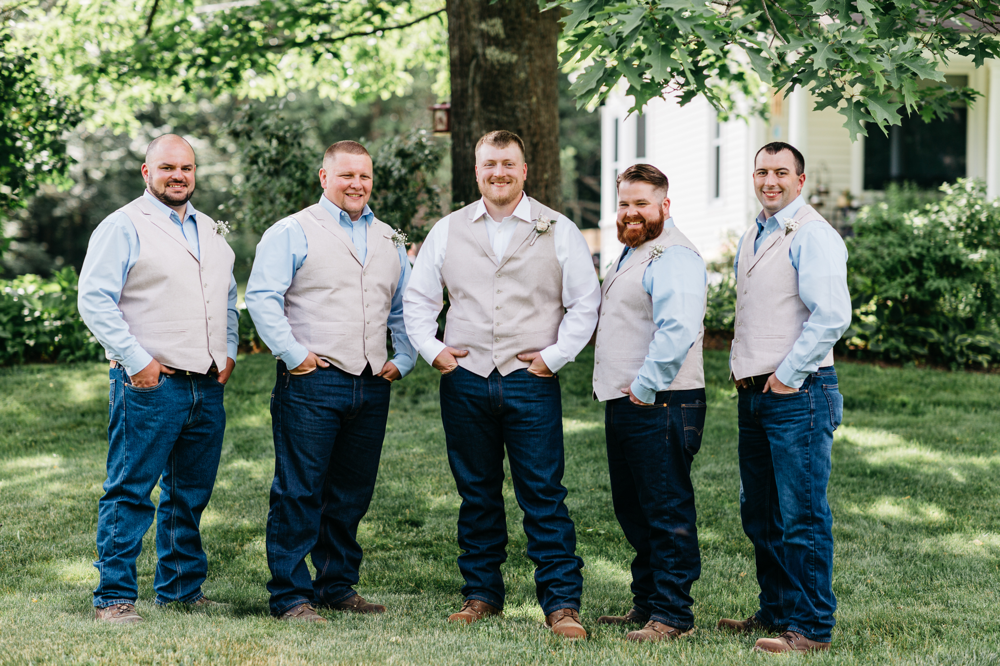 maine-groomsmen-groom-portraits.jpg