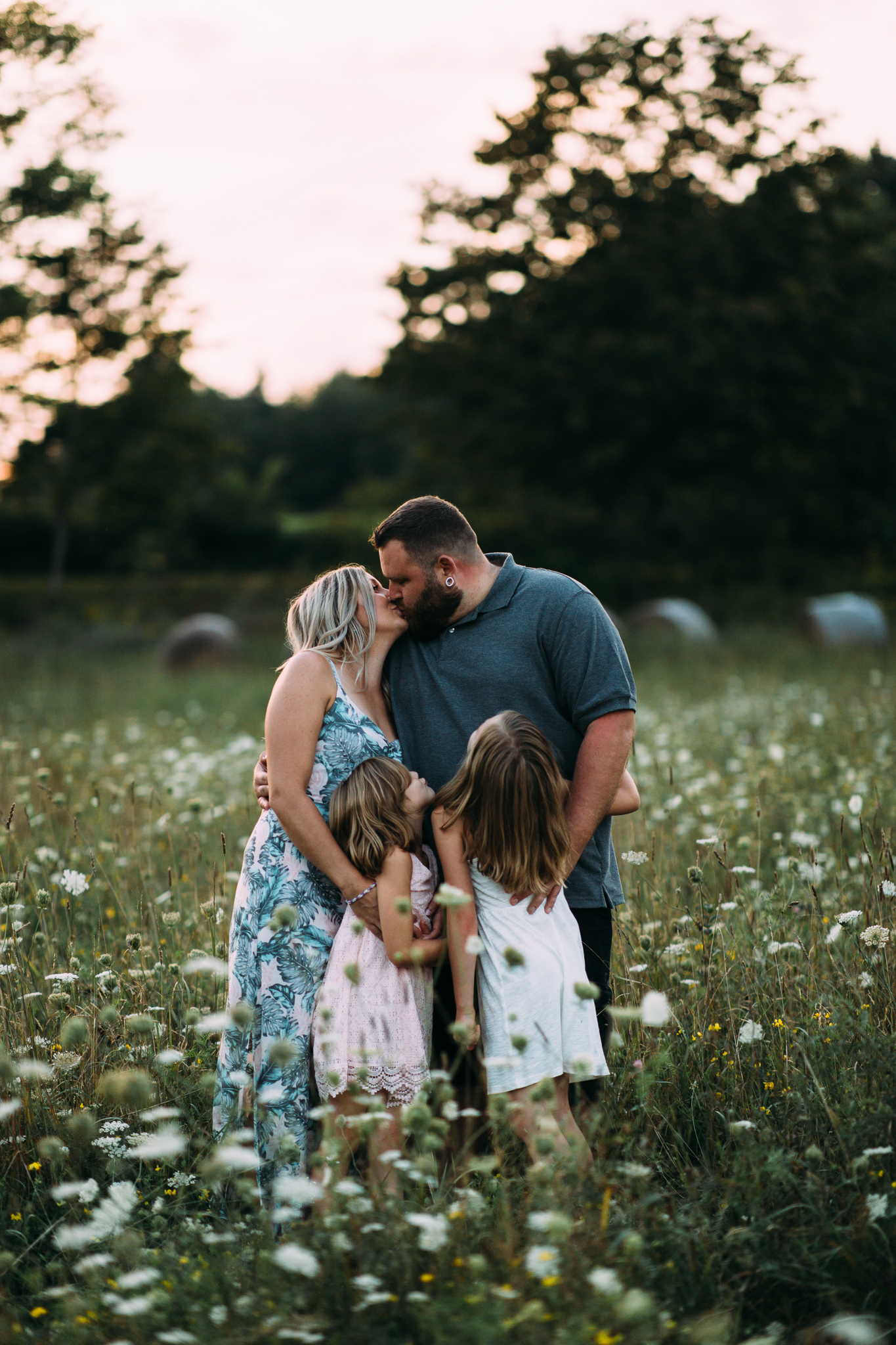 dayton-saco-biddeford-portland-family-lifestyle-photographer-wildflowers-a-barn-hitching-post.jpg