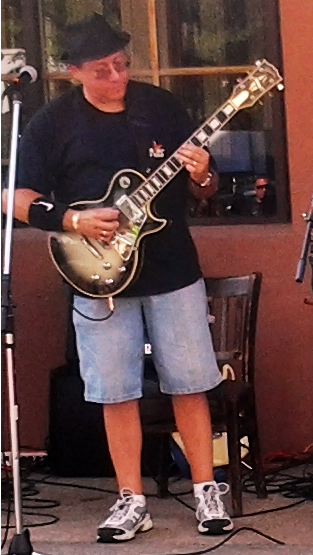 This is my 1981 Gibson Les Paul Silverburst Custom. It has been completely chromed out and a DiMarzzio Super Distortion pick was installed in the bridge position. Awesome tone and sustain.
