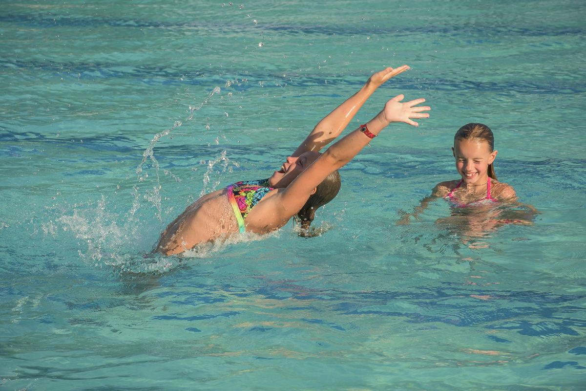 SOS-SMCC-Swim-Parties-2016-Web-6.JPG