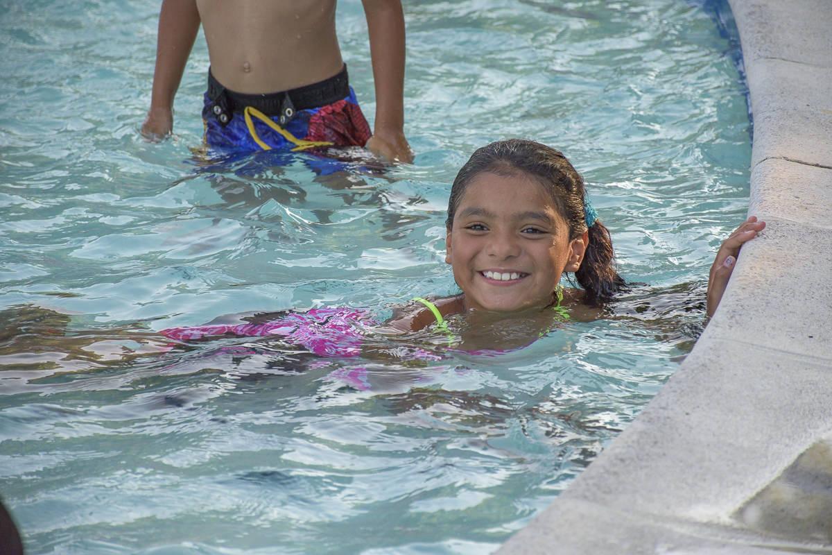SOS-SMCC-Swim-Parties-2016-Web-39.JPG
