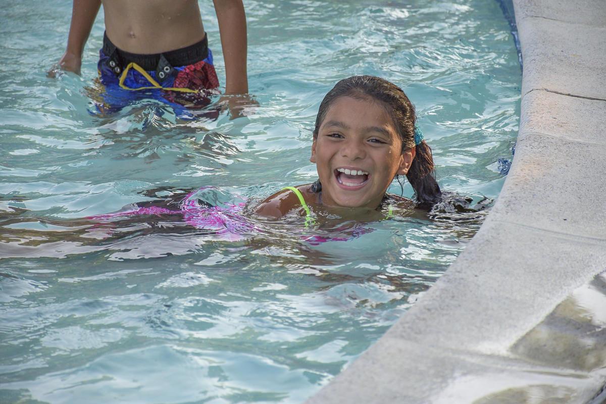 SOS-SMCC-Swim-Parties-2016-Web-40.JPG