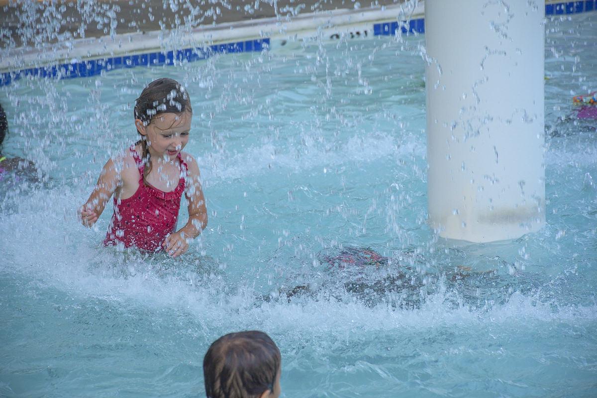 SOS-SMCC-Swim-Parties-2016-Web-52.JPG