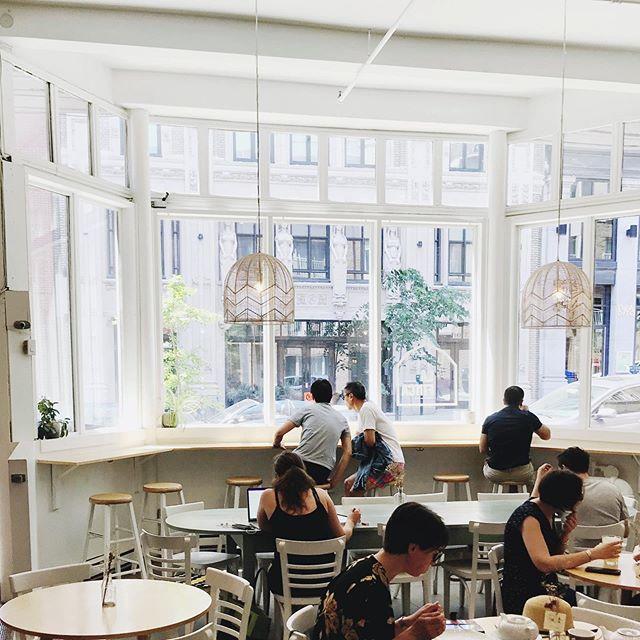 1067 de Bleury, Montréal || #coffeeshopinteriors