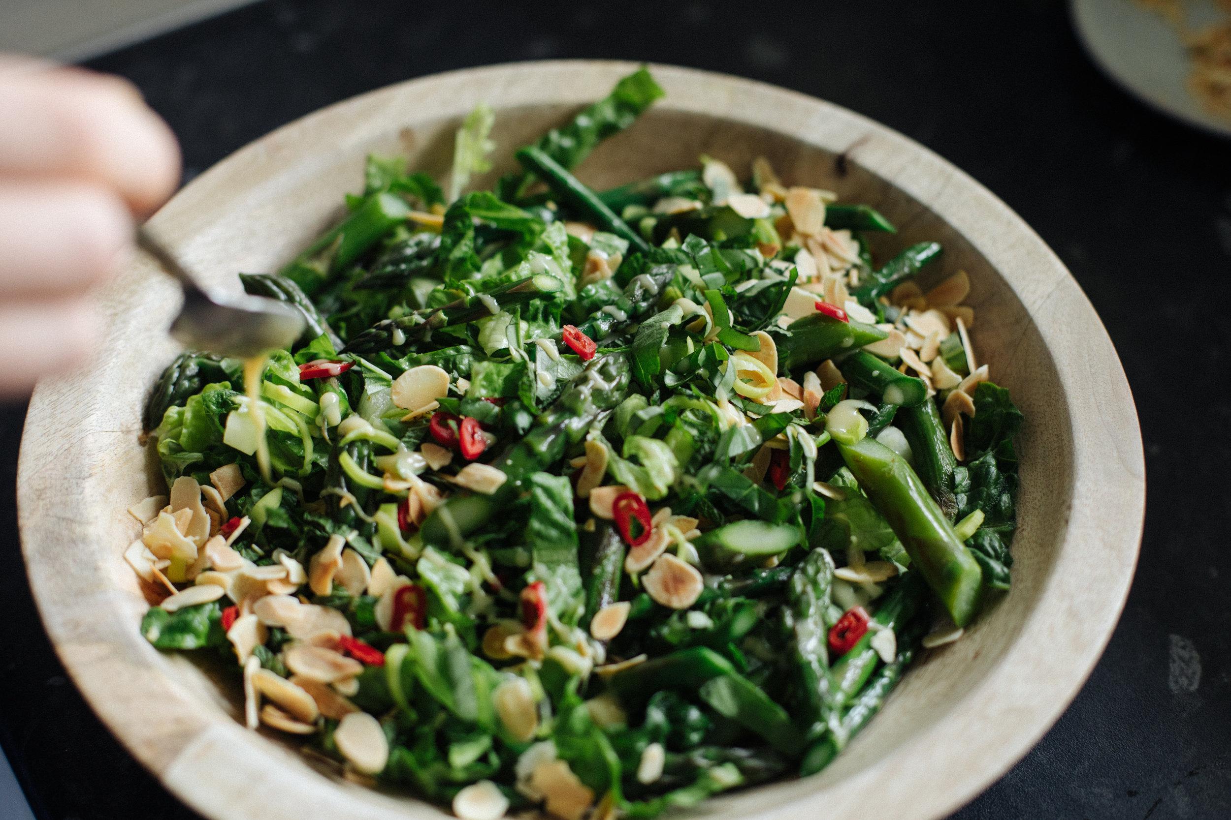 Assemble the salad in a serving bowl or plate. Drizzle lemon tahini dressing on top.