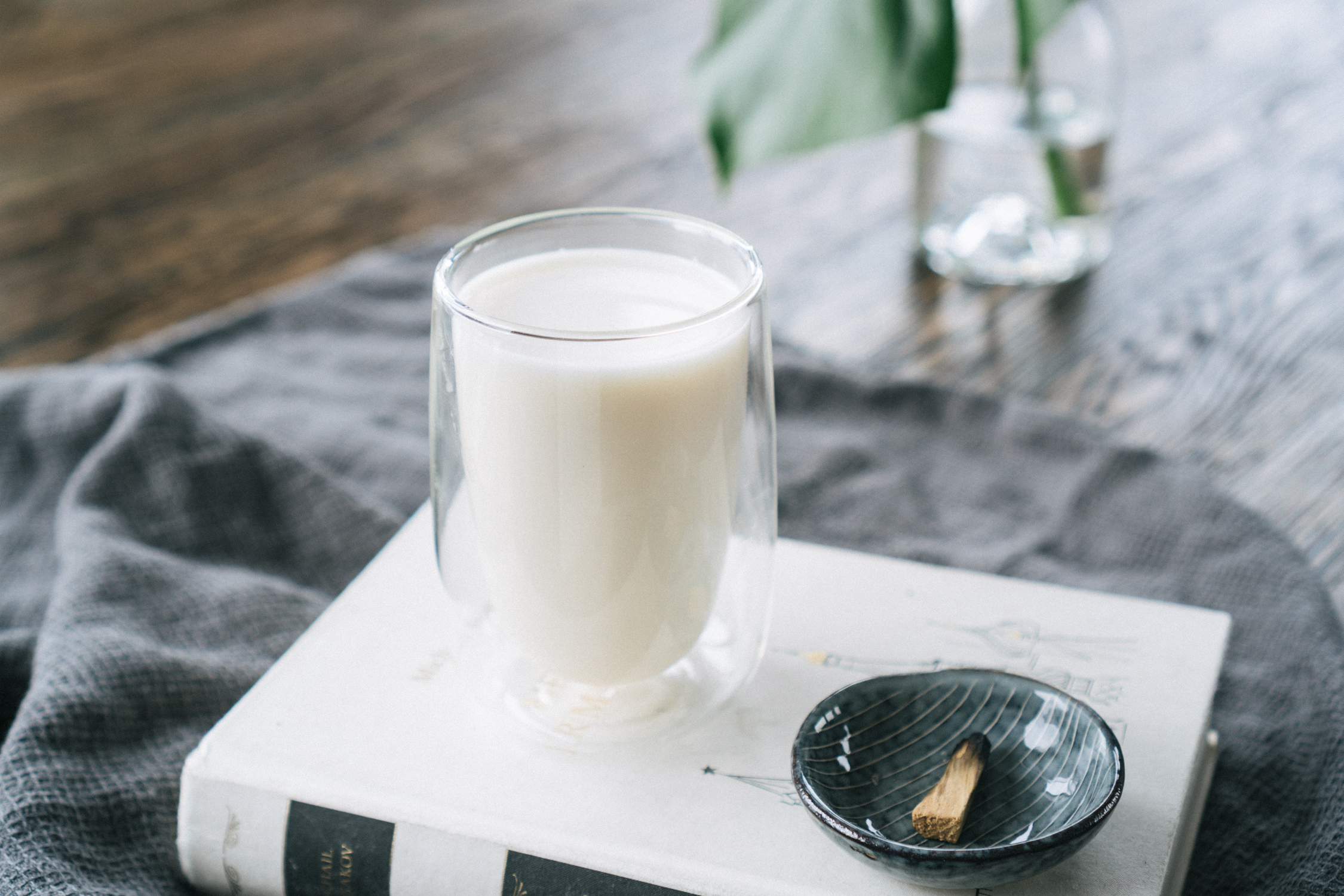 homemade_almond_milk-4.jpg