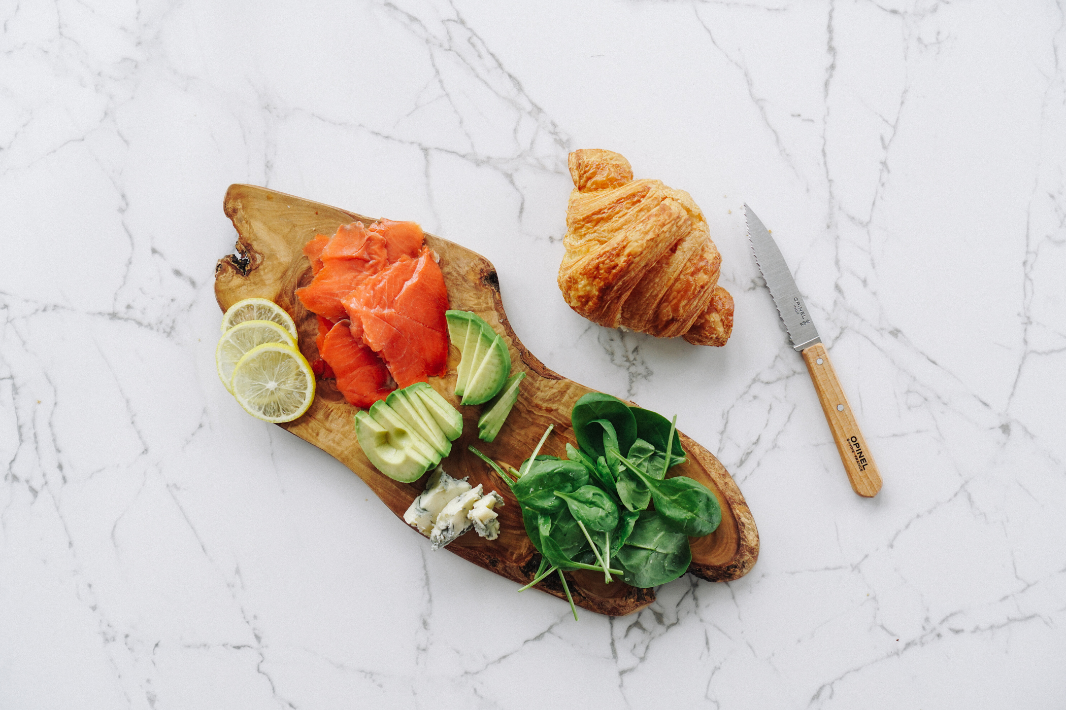 smoked_salmon_avocado_blue_cheese_croissant-2.jpg