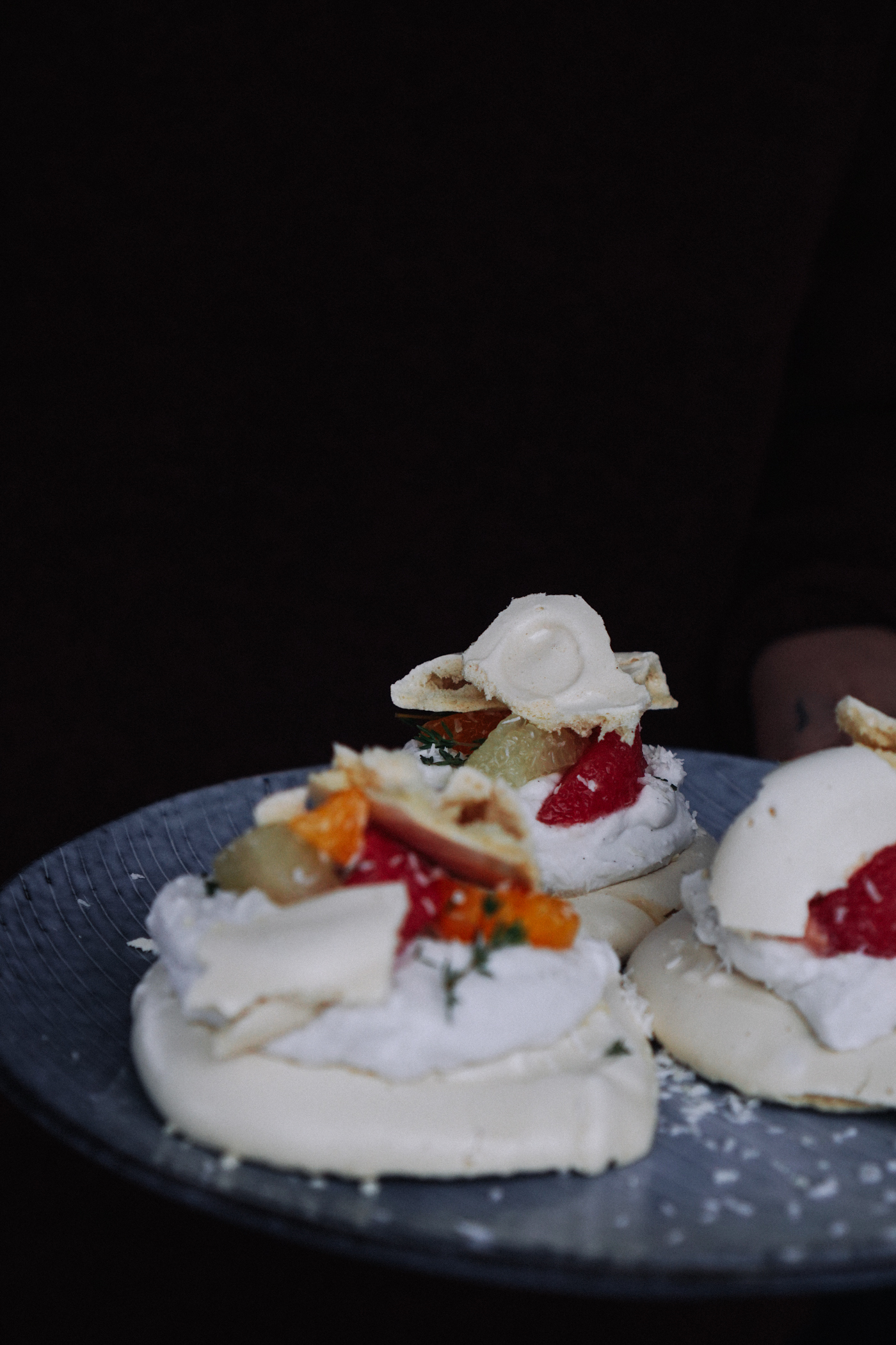 vegan_citrus_pavlova_with_coconut_cream_and_thyme-50.jpg