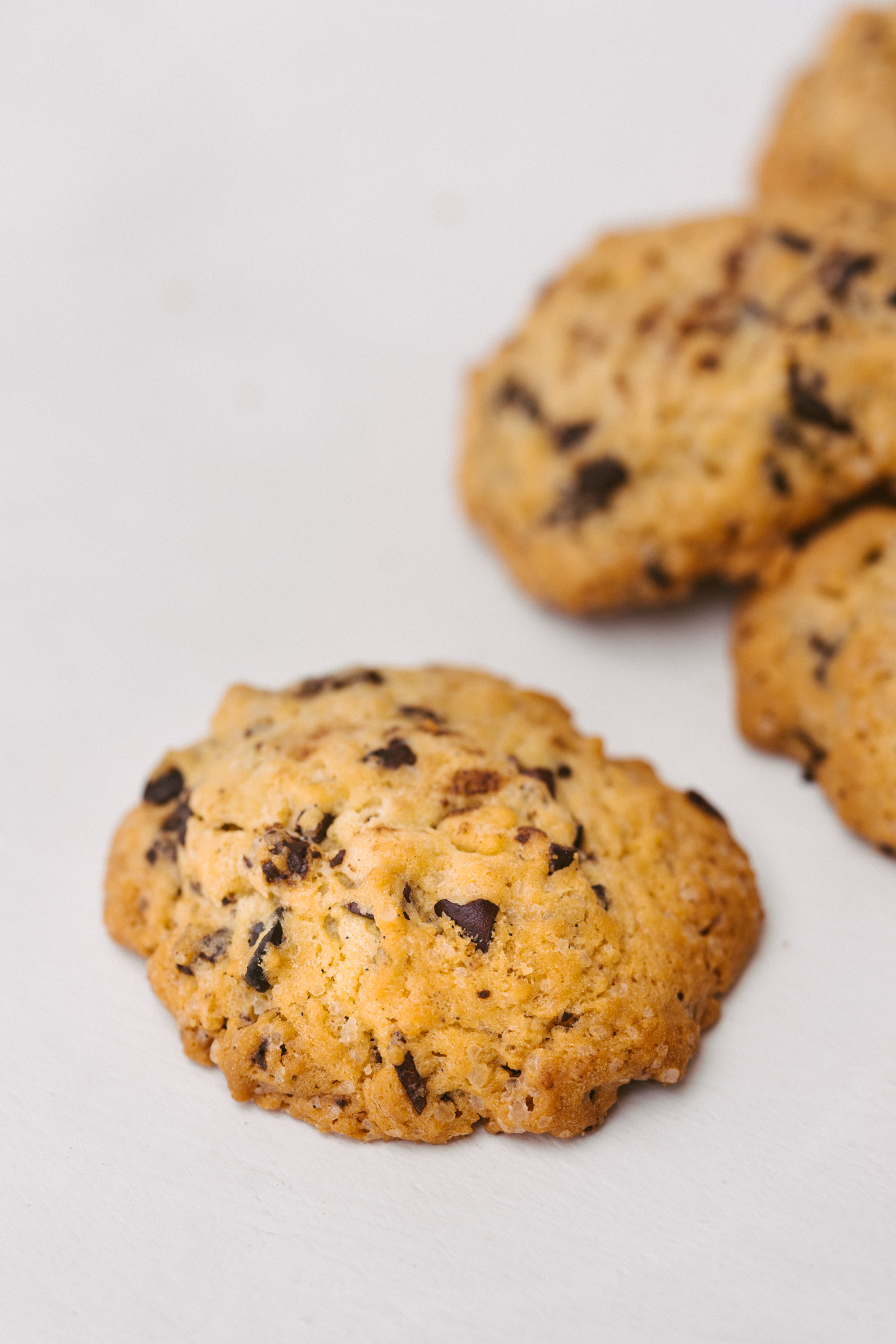 all_butter_cacao_nib_chocolate_chip_cookies-9.jpg