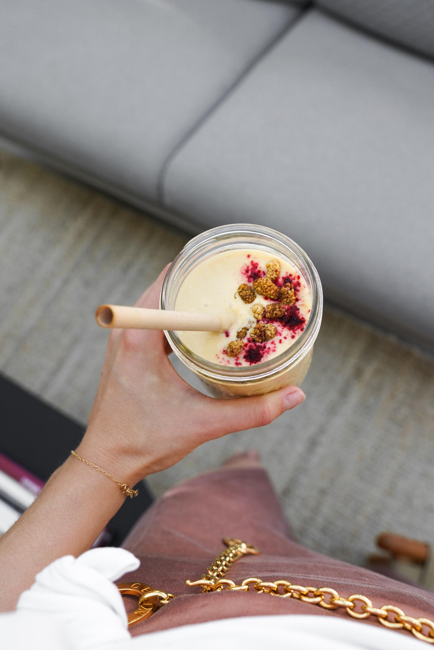 mango_coconut_maca_smoothie-7.jpg