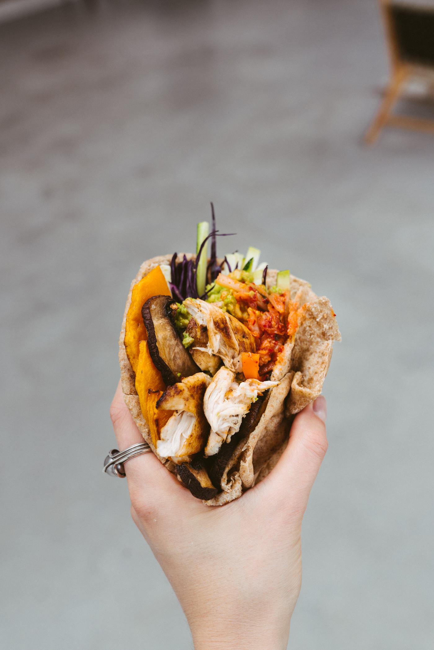 veggie_chicken_pita_sandwich_with_kimchi-8.jpg