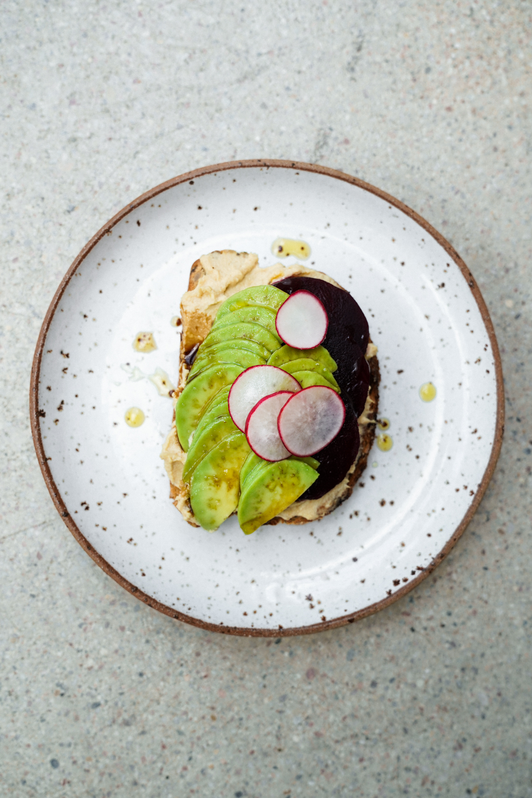 avocado_toast_with_beets_hummus_and_pickled_radishes_SMALLER-8.jpg