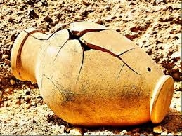 clay jar broken.jpg