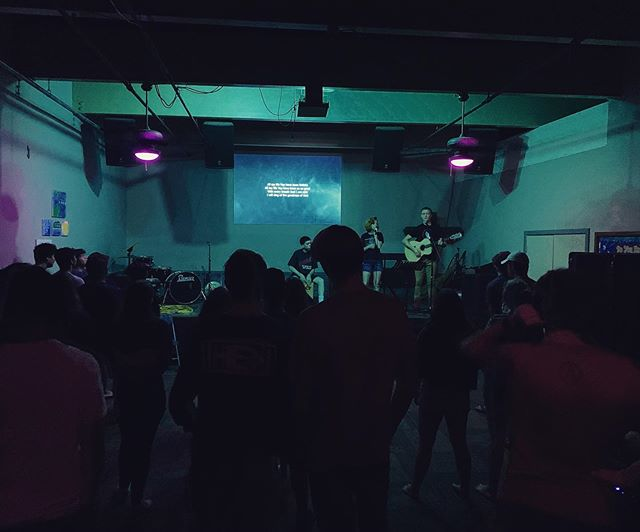 Last night at SetApart was 🔥🔥!! @jonester_ @carlyn @theoneaboutkv did a great job leading us in worship 🙌🙌 We learned the difference between Jeremiah and Justin Bieber 😂, and then were reminded of what the Essentials of a Witness for Jesus are. Thank you Lord for Your faithfulness to us!! #jesus #youth #fire #gospel #nextlevel #truth #word #bible #holyspirit #hawaii #northshore #grace #northshorekidsrock #setaparttheworld #setapart #haleiwa