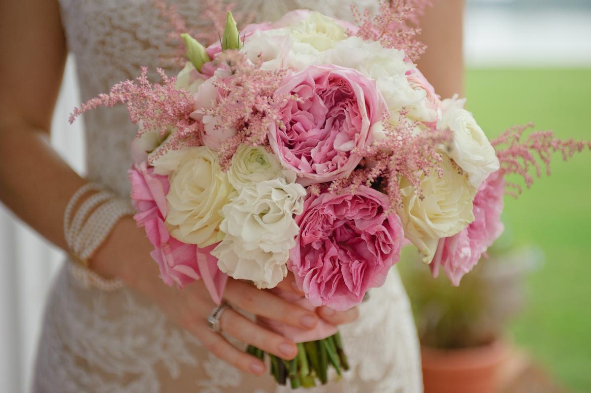 pink-white-bridal-bouquet-2.jpg