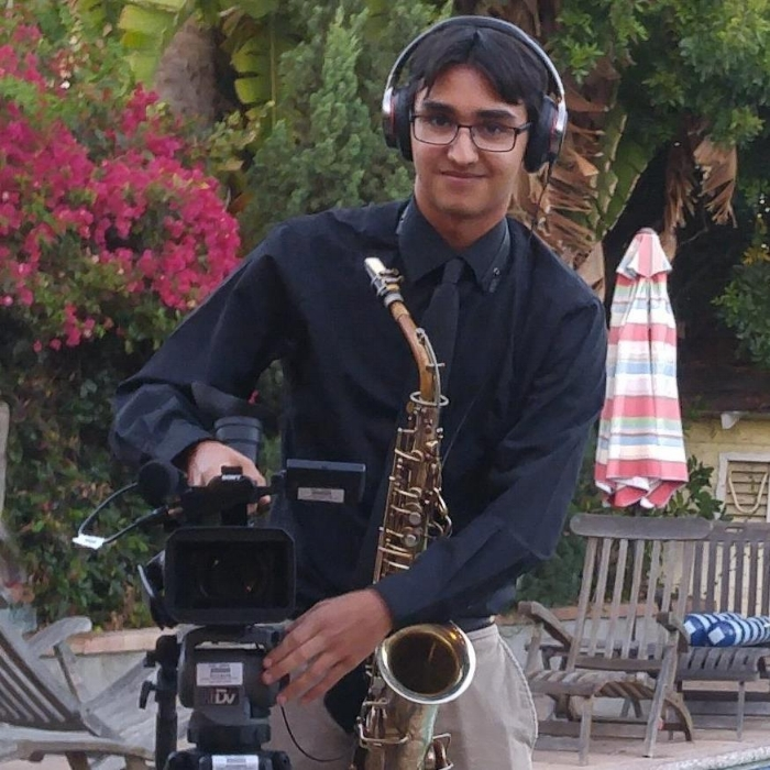 ALEX BOLOGNA           1st AC - Alex Bologna is a filmmaker and student at USC School of Cinematic arts. He's been a director of photography on several USC-produced short films and independent features, and currently works as a freelance videographer. He loves telling stories through the lens of a camera as much as he loves telling stories through the written word. He writes short and feature scripts for fun, and wants to continue working as a freelance cinematographer and film director.