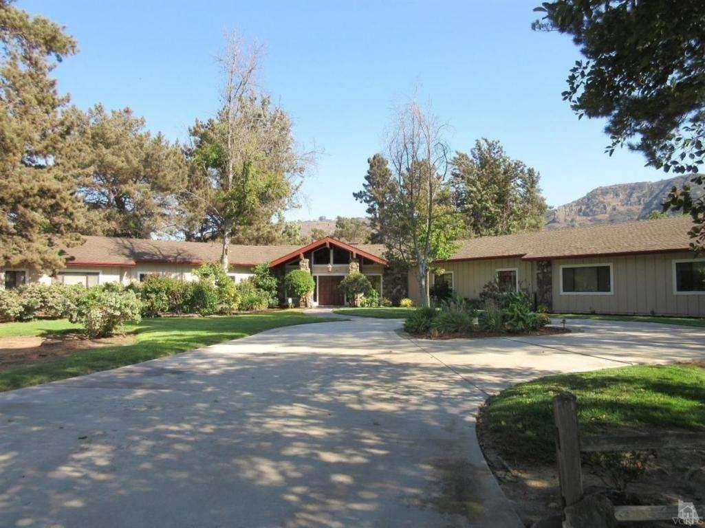 2190 Holiday Pines Lane | Camarillo | Offered at $1,240,000
