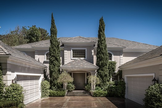 1420 Bienveneda Ave | Pacific Palisades | Offered at $19,950 per month