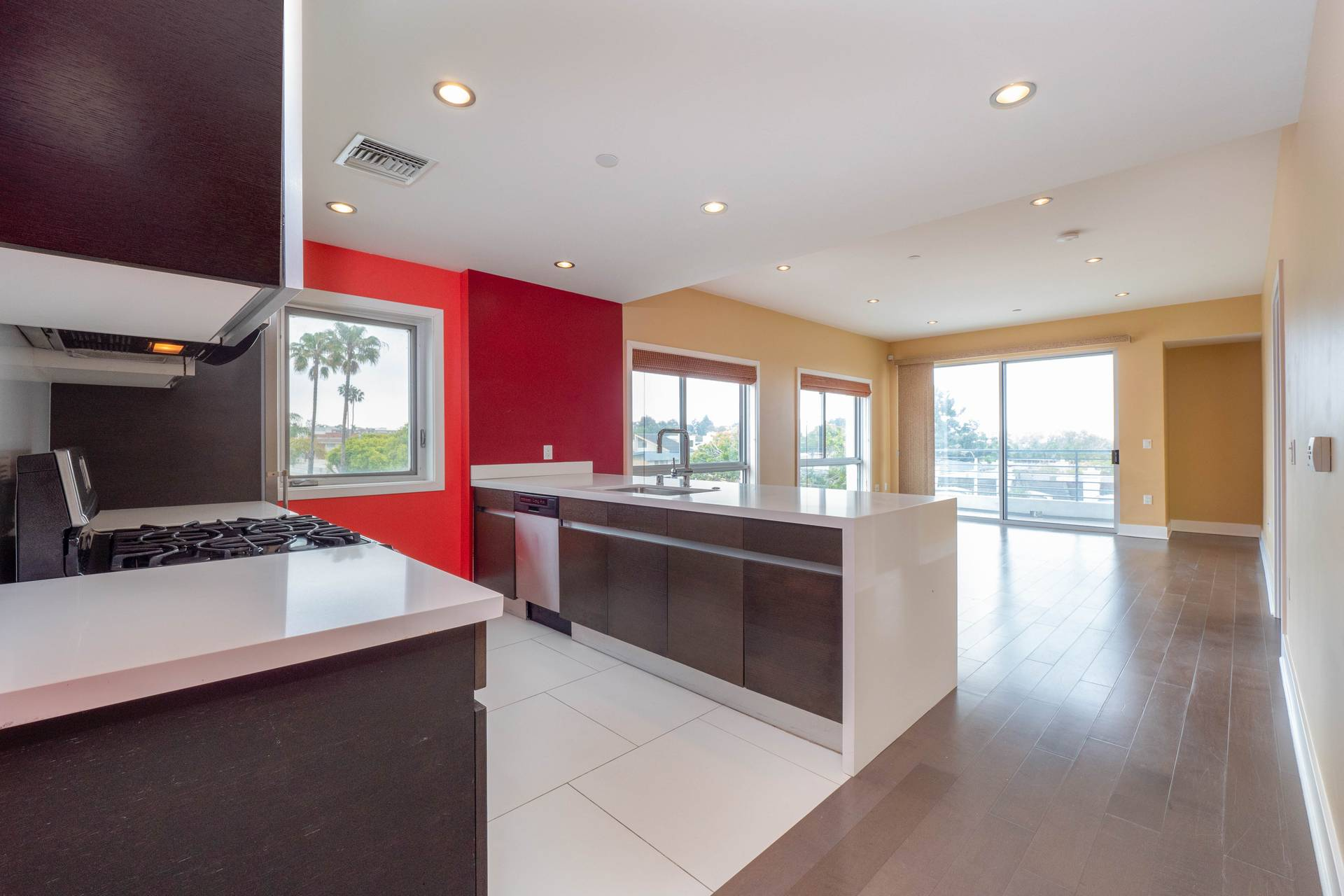 7857 W Manchester PH3 | Playa del Rey | Offered at $735,000