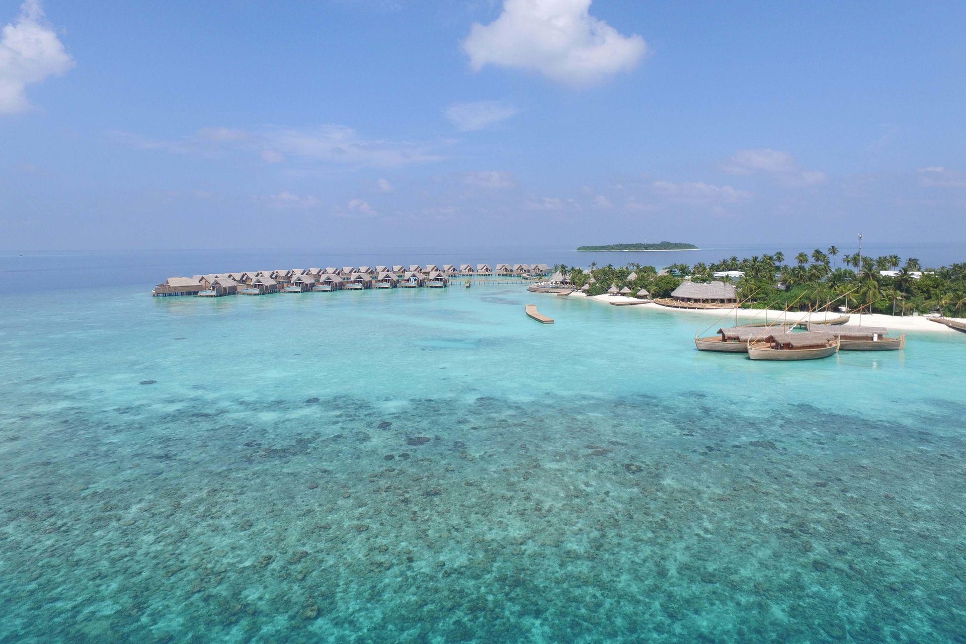 503804-milaidhoo-maldives-aerial.jpg