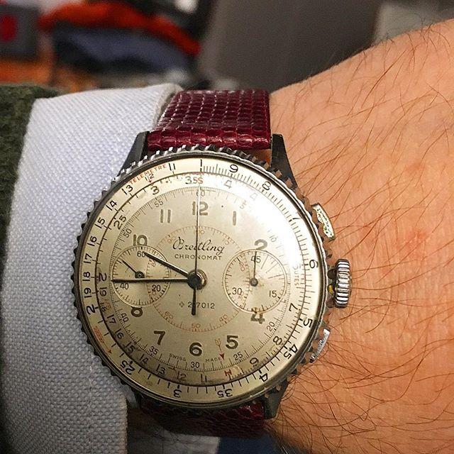 Breitling Chronomat 769, from 1941. 😍 . . . #VintageBreitling #BreitlingChronomat #Chronomat769 #VintageBreitlingChronomat #Chronomat769  #Montblanc #Heuer #Leonidas #TagHeuer #Stopwatch #VintageStopwatch #vintage #Andhora #Omega #Rolex #Breitling #WatchFam #OldTimer #Seiko #WatchFam #VintageCurators #VintageHeuer #Stopwatch #Stopwatches #HeuerStopwatch #Rareheuer #RareBreitling #MonteCarlo #HeuerMontecarlo #andhora #Hodinkee #vintage #VintageHeuer #vintageWatch #Omega #Rolex #TagHeuer #Breitling #VintageStopwatch