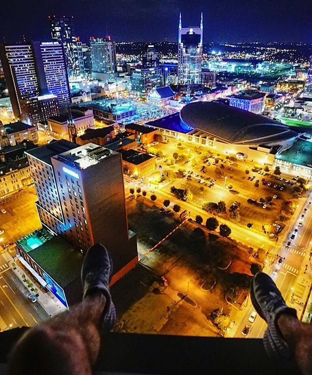 Can you see us from up there @bentonnbloodworth? What a great shot! 📷 #nashville #fifthandb • . . . . . #nashvilletn #williegeist #nashvillestyle #nashvillequotes #nashvilleliving #nashvillestyle #host #sundaytoday #todayshow #visitnashville #country #tennessee #countrymusic #countryroots #fifthandb #fifthandbroadway #nashvegas #hollywood #broadway #nashvilletalent #tennesseelife #nashvillethebeautiful  #instanashville #nashvillenights #bentonnbloodworth #photography #ig_shotz #ig_photooftheday #countryliving #fifthandbroadway #fifthandb