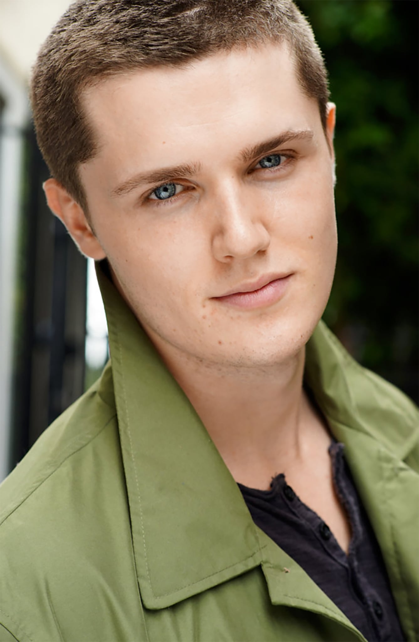 Eugene Simon Short Hair.jpg