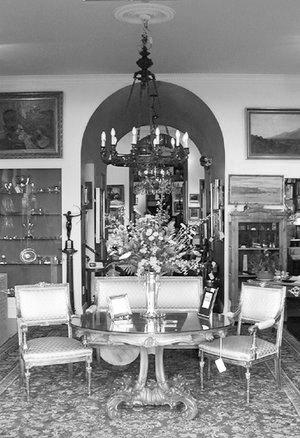 Uno Langmann Antique Store Interior