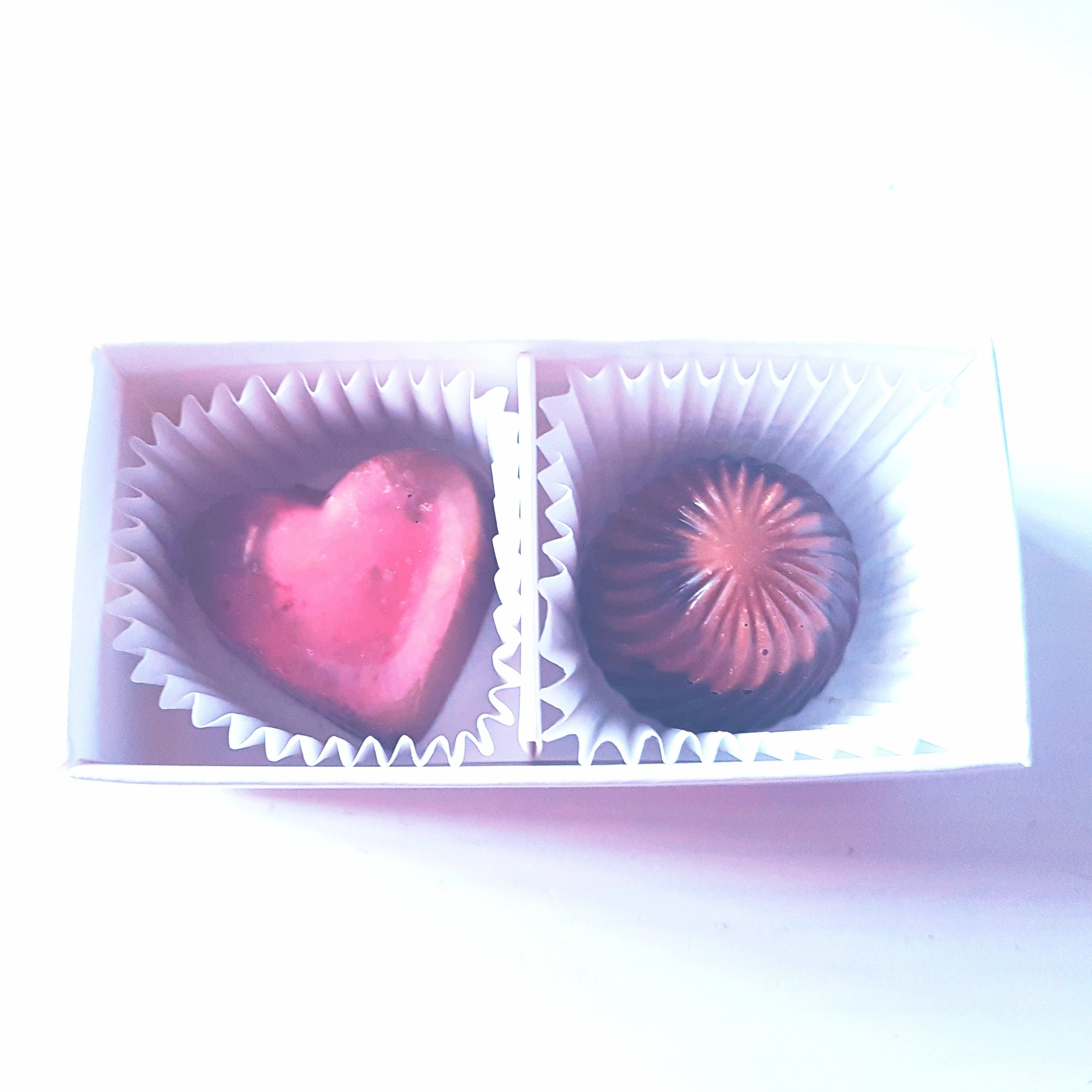 send chocolate gift in the post