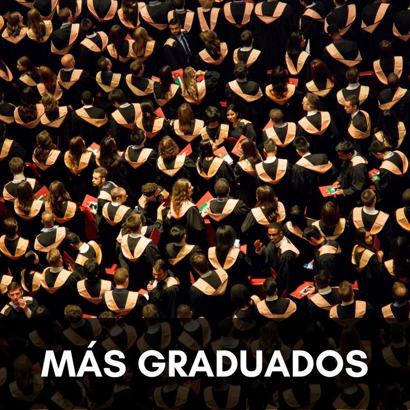 Más graduados.jpg