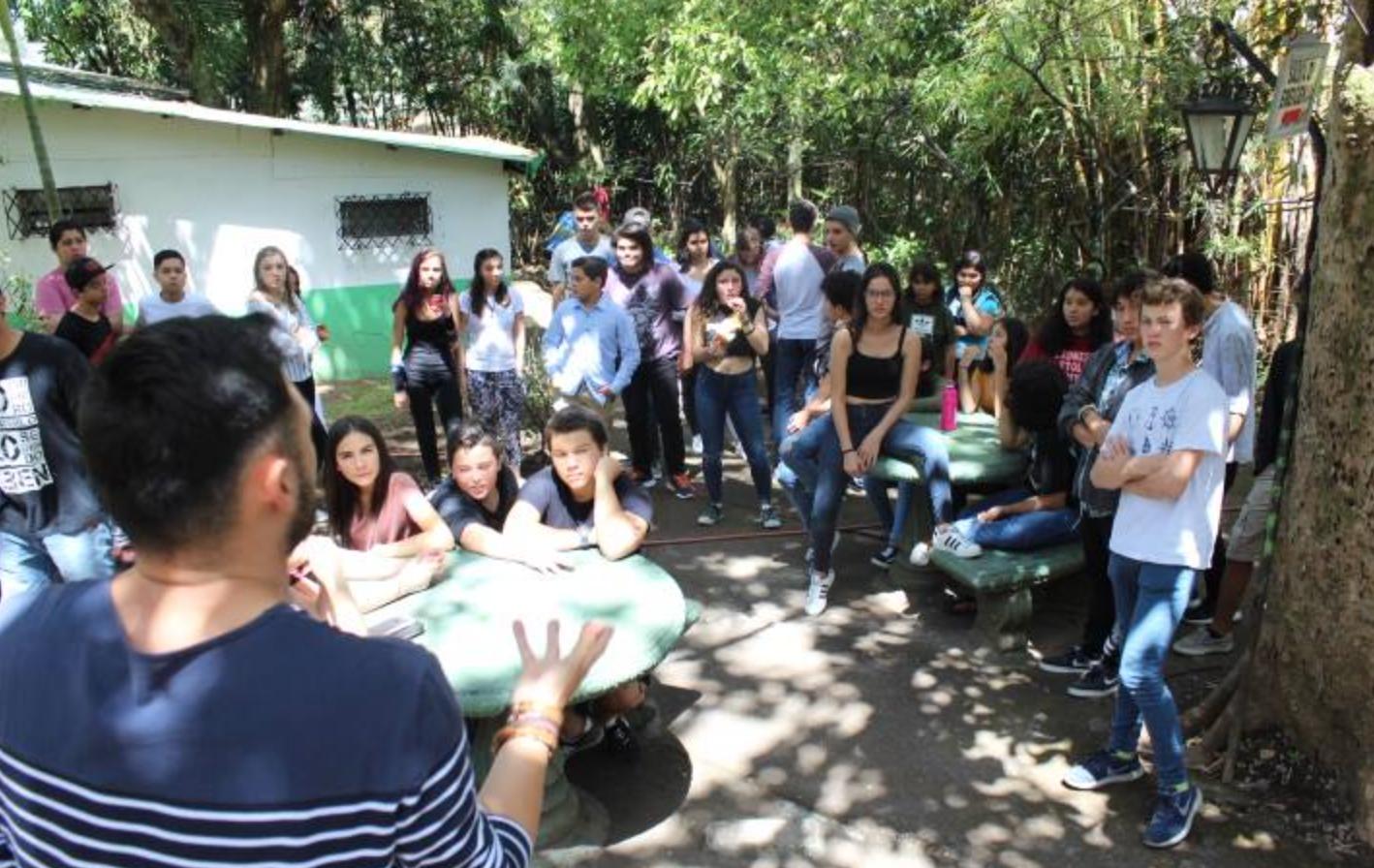 Colegio privado ILPPAL.png