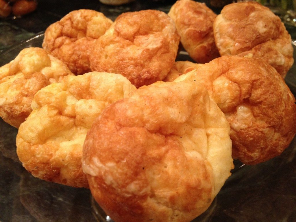 cheese-puffs-stuffed-with-prosciutto-4-1024x768.jpg