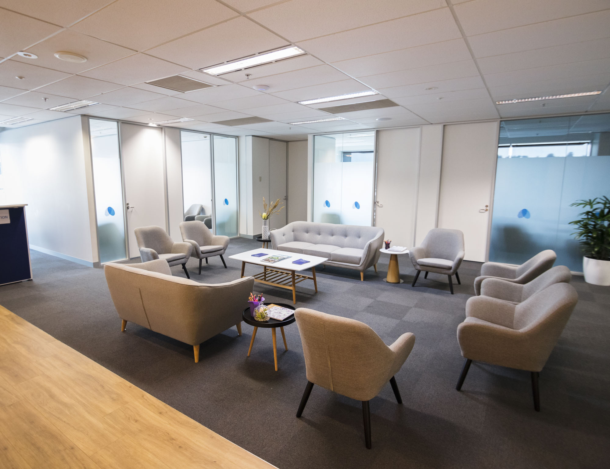 Pain Specialists Australia - Consulting Rooms Lounge 1.3.jpg
