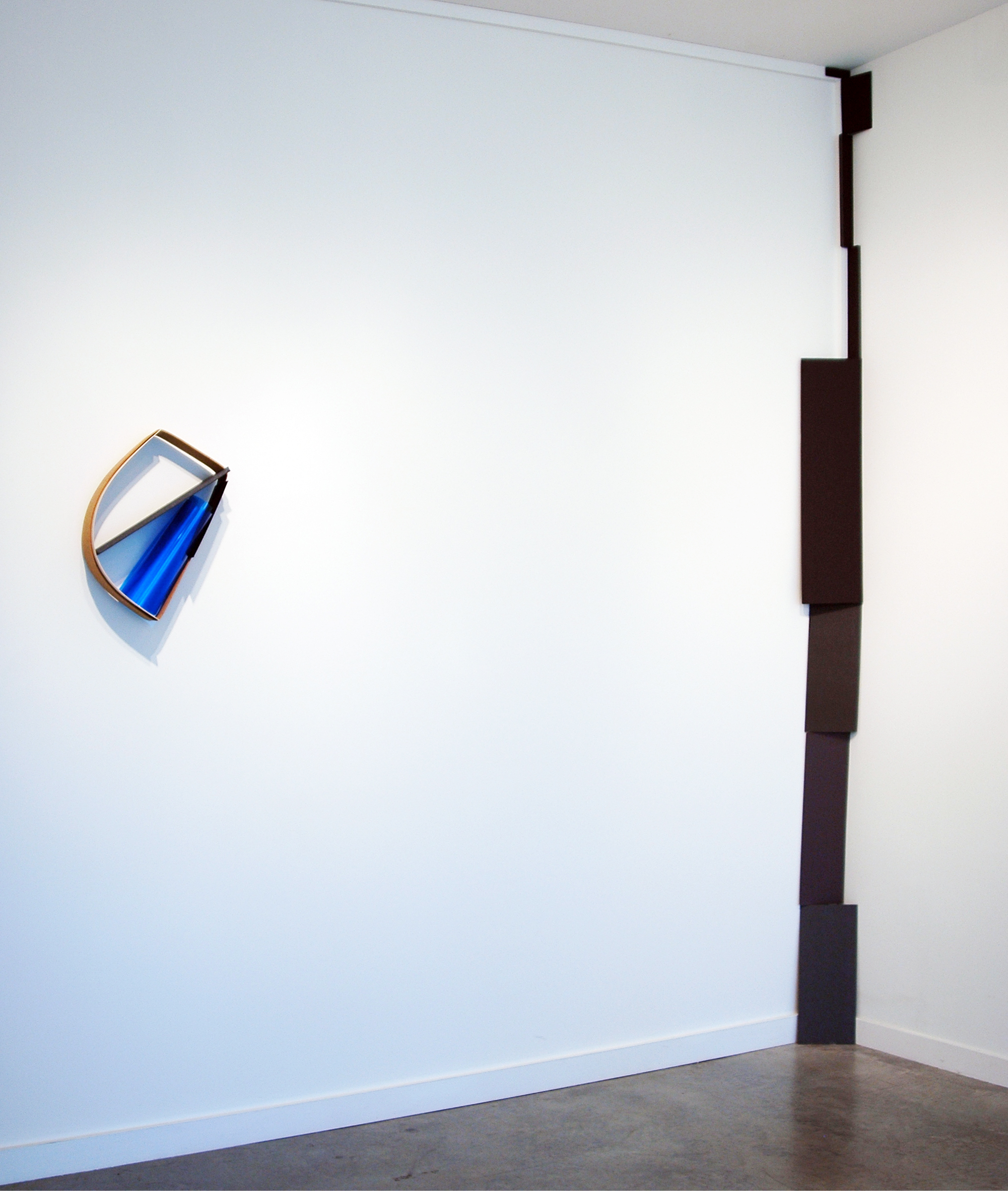 ALICE CATTANEO   NOTHING QUITE FLAT AND MORE ROUND, Installation