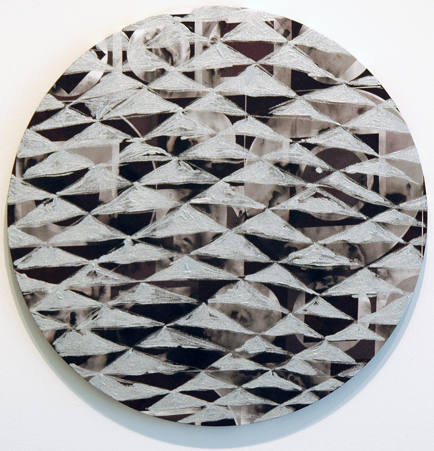 """PAMELA JORDEN   Smoke, oil on fabric, 18.375"""" diameter, 2011"""