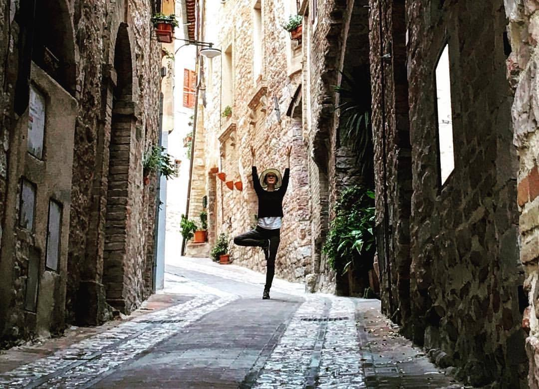 Yoga in the streets in Spello.