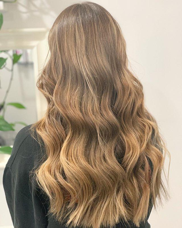 ß & Ä - - - - - - -  #perthhairdresser #perthsmallbusiness  #perthisok #perthwedding #EmilyRoseHairdressing #perthnow #dreamhunter #braidgame #perth #perthhair #perthbraids #perthfashion  #hairstyle #hairartistry #haircolour #braids #hair #MANEADDICTS #perthhairextensions