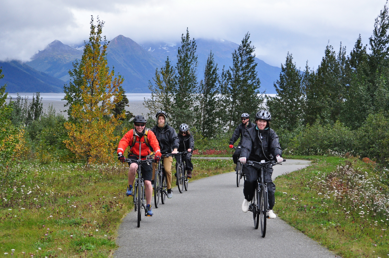 Group bike tour along Turnagain Arm to Girdwood