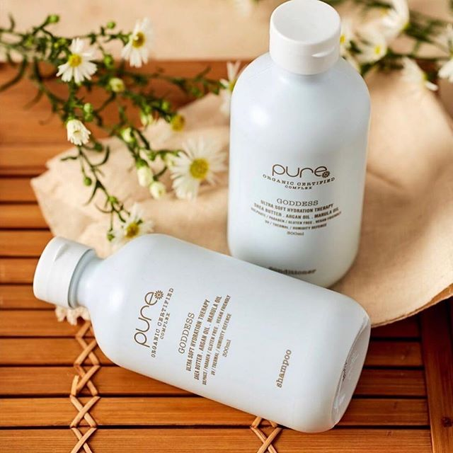 New product alert .... @pure_haircare a vegan friendly,cruelty free, gluten free, sulphate free and paraben free! Plus bottles are made from 100% Australian recycled land waste plastic. . . . . . . #hair #hairperth #purehaircare #veganfree #glutenfree #sulphatefree #parabenfree #articohair #australianmade #floreat