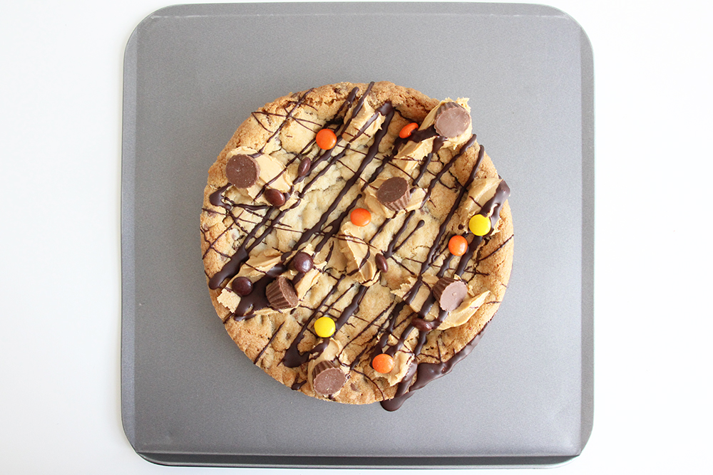 Cookie Pizza delivered to your door within the UK Ideal Fathers Day gift