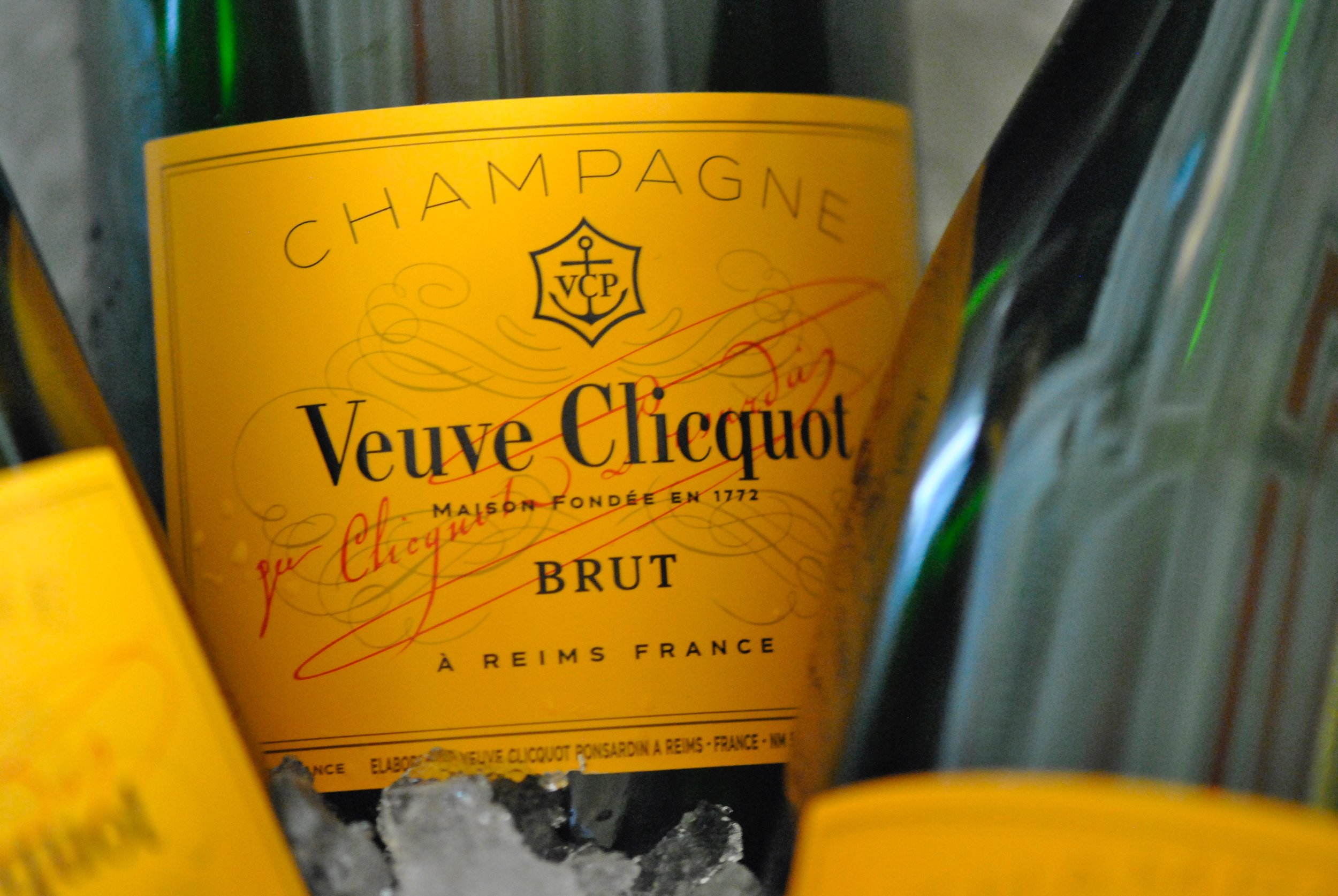 CHAMPAGNE & WINE   We've got an awesome selection of Champagne, including; Veuve Clicquot, Ruinart, Krug & Dom Perignon along with great wine from around the world. Check the full list  HERE