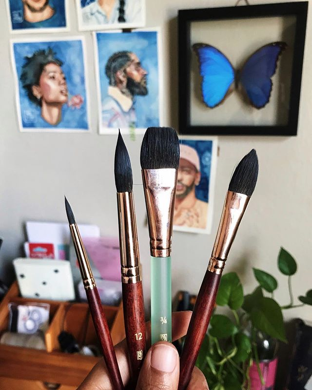 A small reminder to invest in yourself 〰️ 🎨  I realized a few months ago how easy it is to allow time, money, and resources to slip away without feeling like you've accomplished anything.  So I made a promise to invest my free time, attention, and money towards attaining my goals and living meaningfully. 🌿 These brushes mean a lot to me because a few years ago I was painting with dollar tree supplies (for real!) I bought these to acknowledge my past self's creative discipline and to encourage myself to keep going.