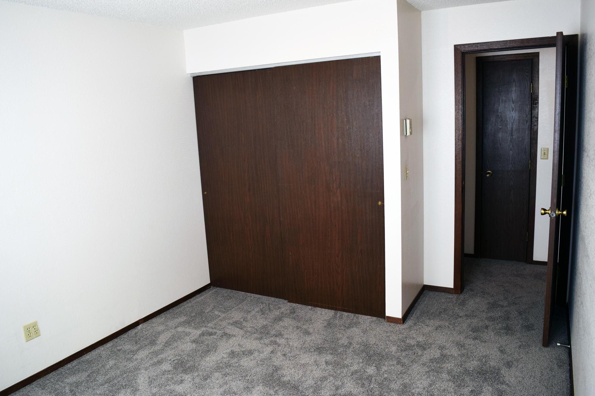 2BedWalkBedroom1.jpg