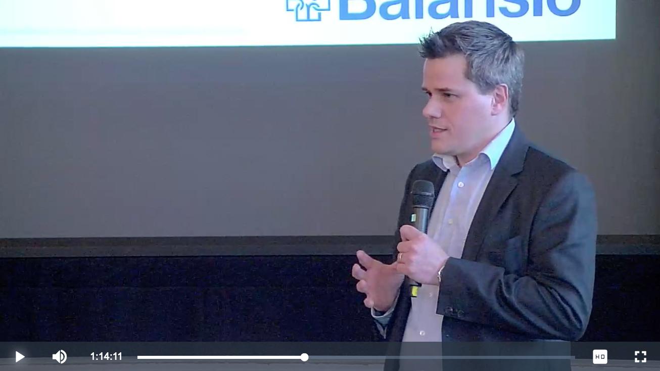 Paulus Carpelan kertoo TEM:in tilaisuudessa Balansion tuomista mahdollisuuksista julkiselle terveydenhuollolle. Klikkaa kuvaa katsoaksesi videon.
