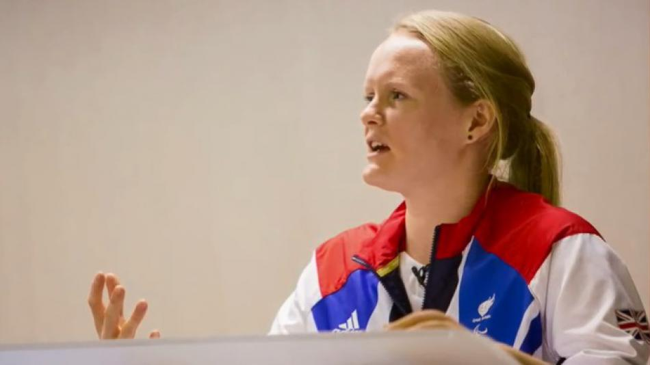Susie giving a speech to the Women's Network at Shell HQ in 2013