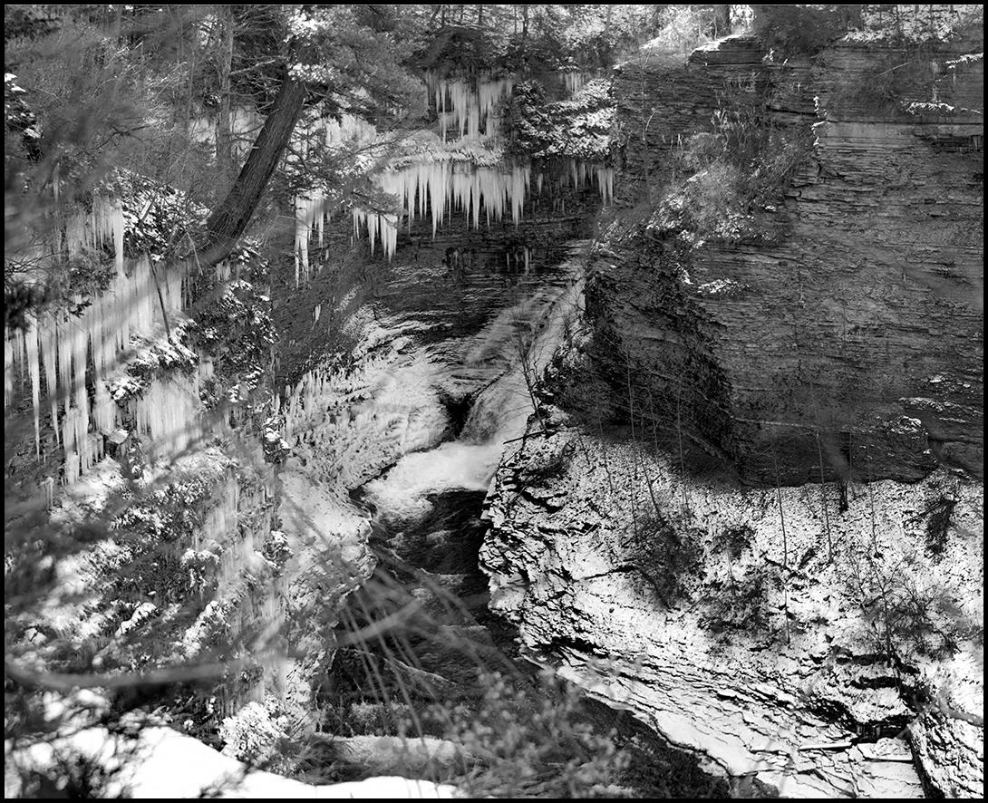 RR Tresle Falls - 1 + B&W.jpg