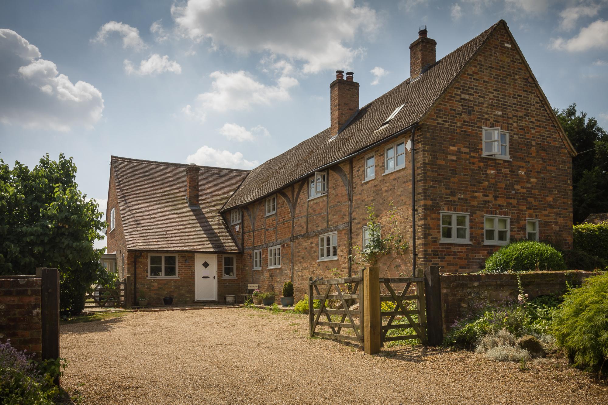 cottage in chilterns 6.jpg
